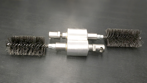 Dual Cleaning Brush for twin-screw extruder